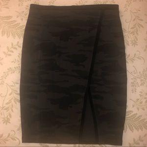Sanctuary Camouflage Print Skirt
